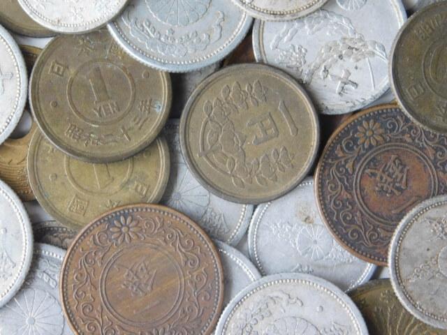 保存版】銀貨・銅貨の種類一覧!...