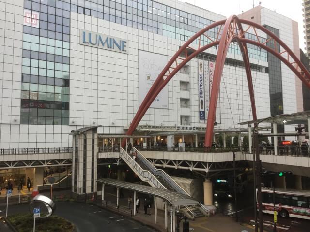 立川駅前の交差点
